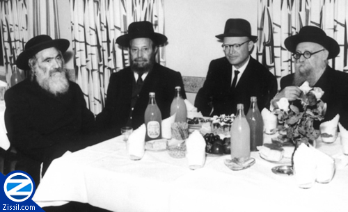 File:00000556-saba-at-bar-mitzvah-meal.jpg