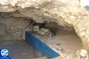 00000984-inside-cave-of-abba-shaul.jpg